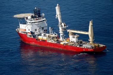 Avarinis nafots gręžinys Meksikos įlankoje užcementuotas