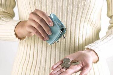 Vis daugiau žmonių tiki, kad jų finansinė padėtis nebeblogės