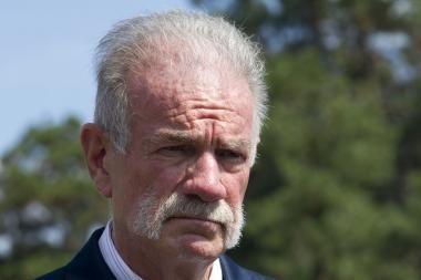 JAV pastorius T.Jonesas žada niekada nedeginti Korano