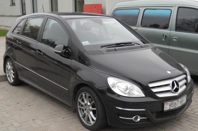 Italijoje ieškomą automobilį baltarusiui teko palikti Lietuvoje