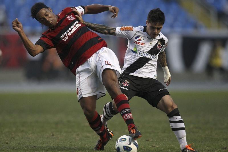 Brazilijos futbolo pirmenybių lyderių dvikova baigėsi lygiosiomis