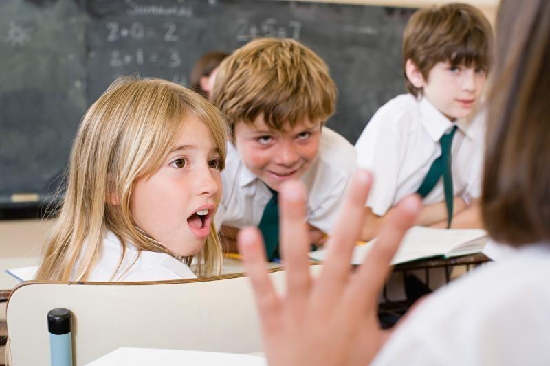 Teistiems asmenims siekiama apriboti galimybes dirbti su vaikais