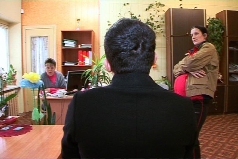 Pramoginės laidos žurnalistai auklėjo daugiavaikę mamą