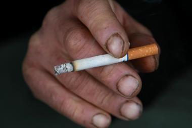 Rusus finansų ministras ragina daugiau rūkyti ir gerti