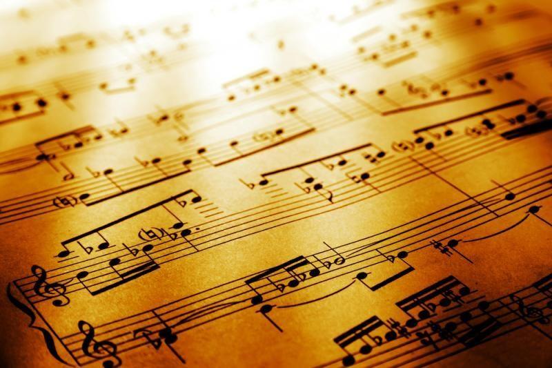 """Sezono pabaigai – B. Britteno """"Karo Requiem"""""""
