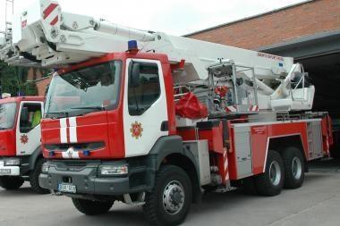 Klaipėdos apskrities gaisrininkams naujos mašinos