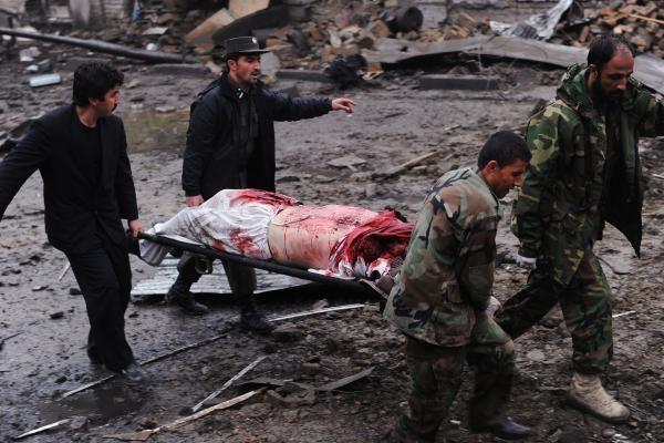 Pakistane per mirtininko sprogdintojo išpuolį žuvo mažiausiai 42 žmonės