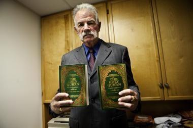 JAV vadovai ir musulmonų pasaulis griežtai kritikuoja Korano deginimo planus