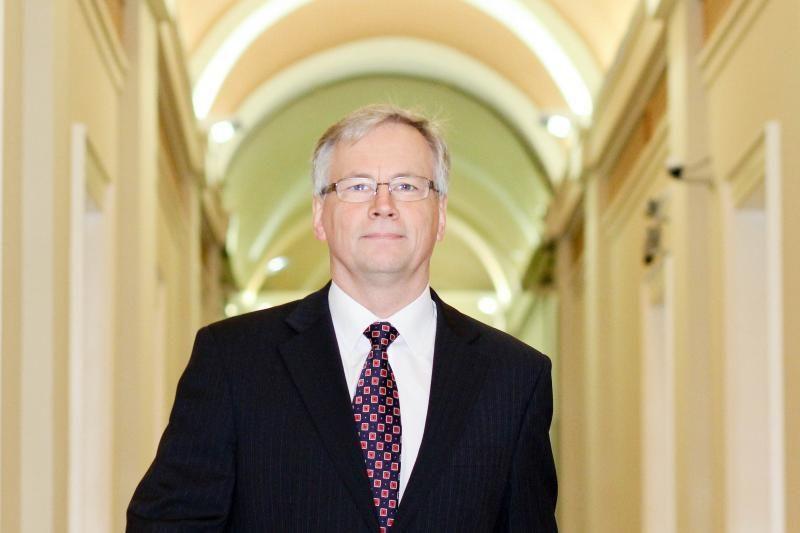 R.Šadžius: ŪB žlugimas sustiprins Lietuvos pozicijas įvedant eurą