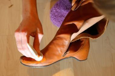 Batų priežiūra: kokybės negalima kepti ant radiatoriaus