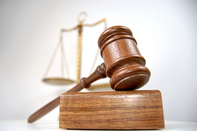 Atleistas už turto pasisavinimą ir piktnaudžiavimą nuteistas antstolis
