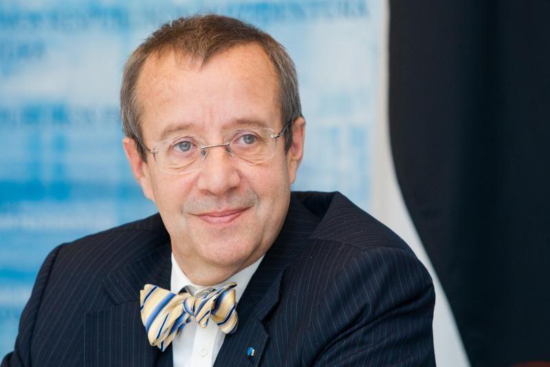 Estijos prezidentas: kaltės suvertimas eurui yra apgaulinga iliuzija