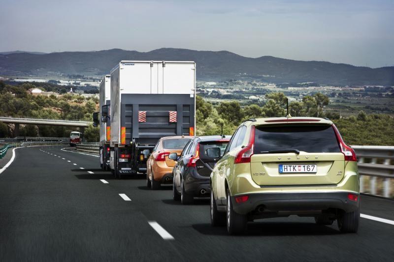 Kas 6-tas vairuotojas apmokestinto automobilio atsisakytų