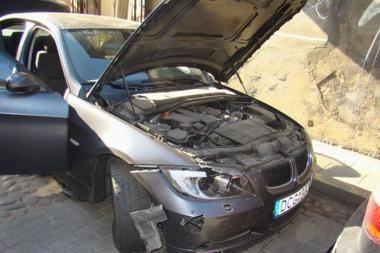 Sprogmuo apgadino automobilį