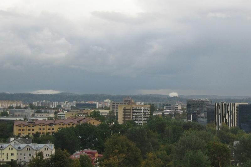 Retas gamtos reiškinys: debesies tumulas virš Vilnios