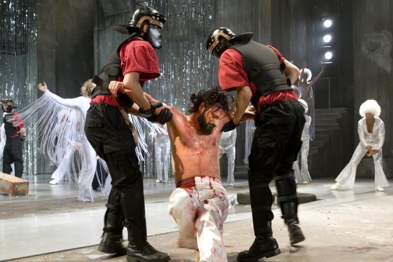 """Rusijoje uždrausta statyti roko operą """"Jėzus Kristus superžvaigždė"""""""