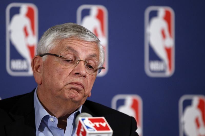 Beveik neliko galimybių NBA sezoną pradėti laiku