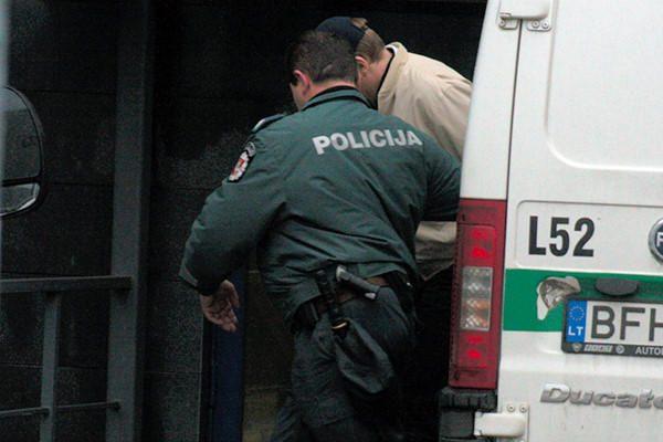 Vaikų namų auklėtinių prievartautojui – dvigubai griežtesnė bausmė