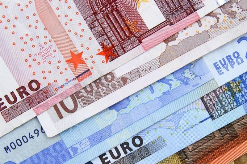 Euro zonos paslaugų sektoriaus augimas rugpjūtį sulėtėjo