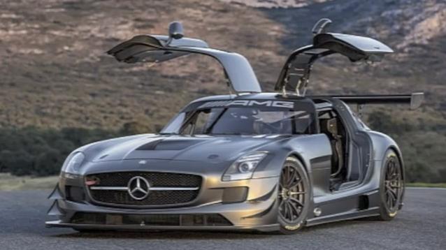 """Mercedes-Benz"" pristatė unikalų jubiliejinį ""SLS AMG GT3"""
