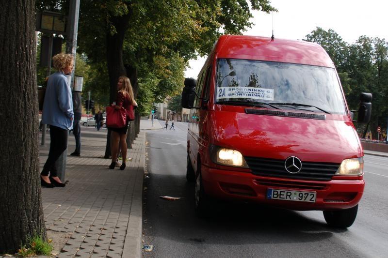 Mažųjų autobusų darbą sutrikdė protesto akcija (papildyta)