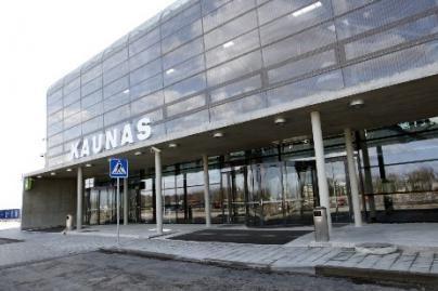 Kauno oro uoste įkliuvo ieškotas vyras