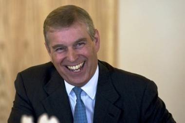 Britanijos princo Andrew vairuojamas džipas kliudė policininką