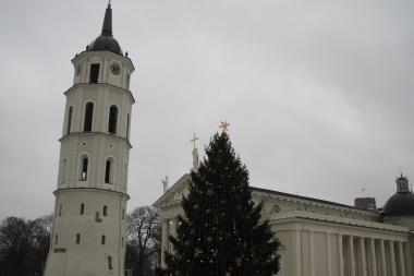 Kalėdinis šurmulys persikėlė į bažnyčias