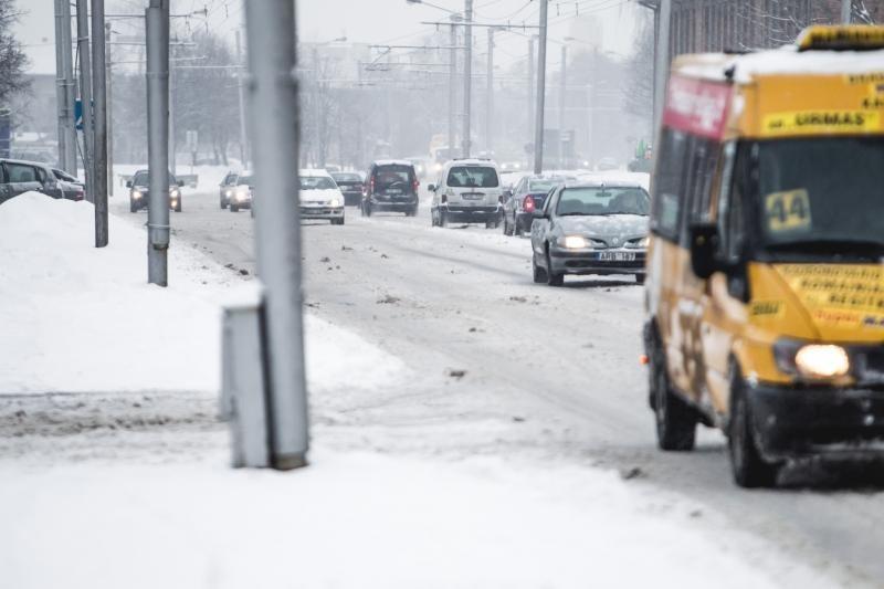 Eismo sąlygas Lietuvoje sunkina pustymas