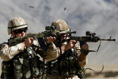 Afganistane sprogus bombai žuvo du NATO kariai