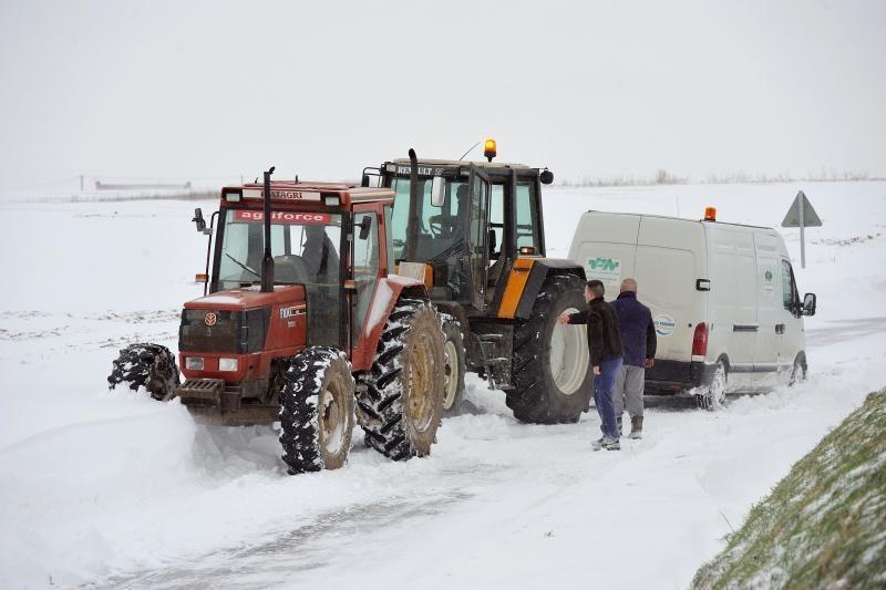 Šiaurės Vakarų Europą vargina užsitęsusios žiemos pūgos (foto)