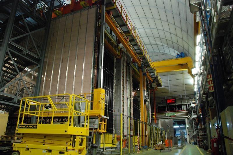Detektorius OPERA užfiksavo trečią istorijoje neutrinų virsmo atvejį