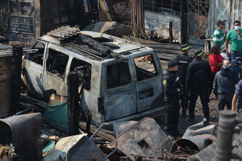 Meksikoje sprogus dujovežio cisternai žuvo bent 24 žmonės