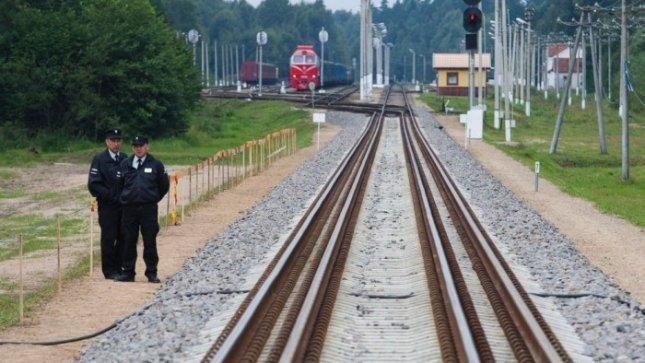 """""""Rail Baltica"""" projektas stumiasi į priekį"""
