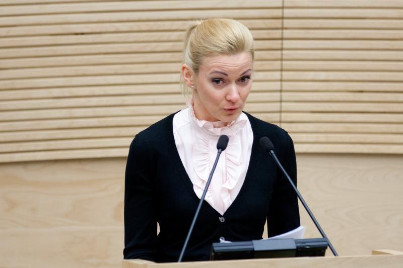 V. Gedvilas: neturiu žinių apie V.Vonžutaitės leidimą išvykti į Rusiją