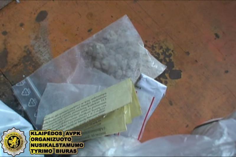 Šilutėje sulaikyti keturi narkotikų platinimu įtariami asmenys