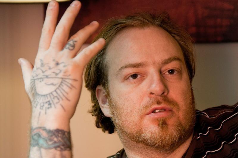 Atsisakė vaidmens dėl svastikos tatuiruotės