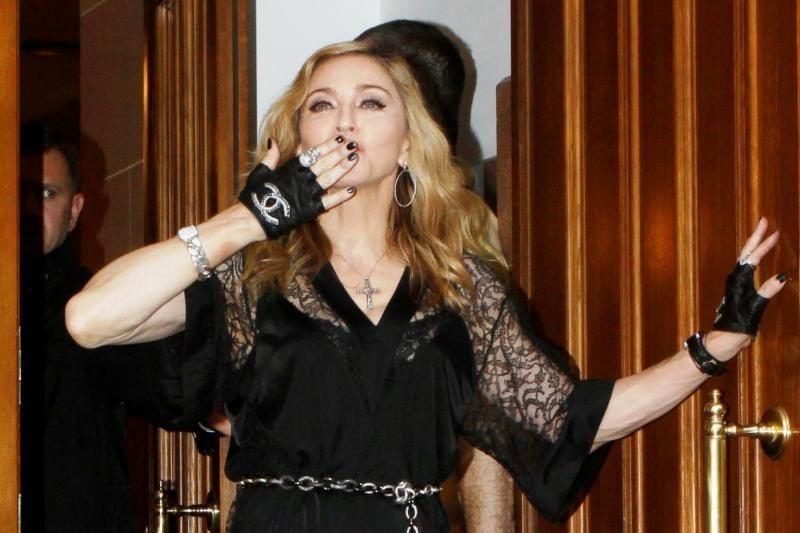 Rusijos gėjus parėmusiai Madonnai – 10 mln. dolerių ieškinys