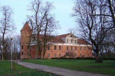 Raudondvario dvaro sodybą perėmė rajono savivaldybė