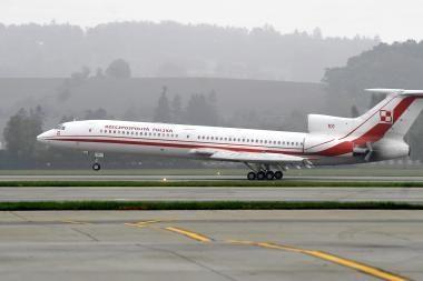 Lenkijos vadovus skraidinantys lakūnai pateikė atsistatydinimo prašymus