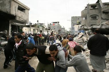 """Izraelis paskelbė """"visuotinį karą"""""""