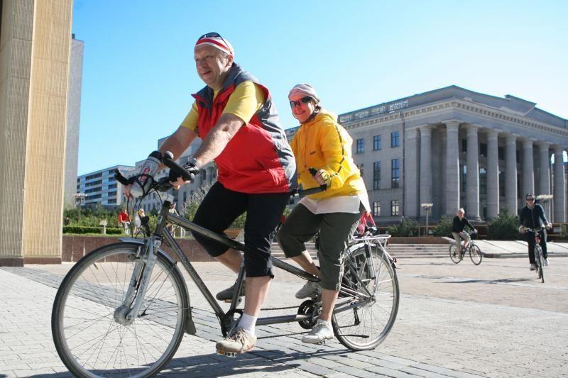 A. Kubilius į Palangą atvyksta dviračiu