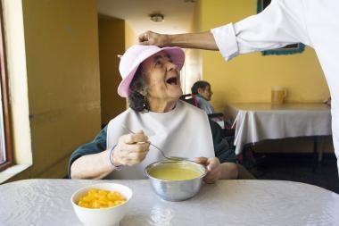 Pacientų sveikatai stebėti - odos spalvos drabužiai
