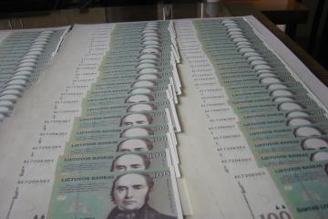 Ūkio bankas išplatino obligacijų emisiją, pritraukdamas 17,6 mln. litų