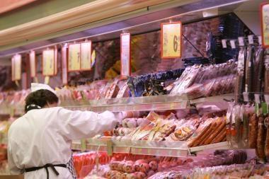 Kas pelnosi iš brangstančių maisto produktų?