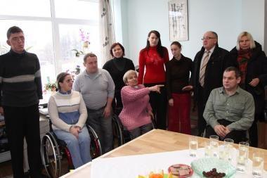 Valdžia įvertino neįgaliesiems darbą suteikiančią įmonę