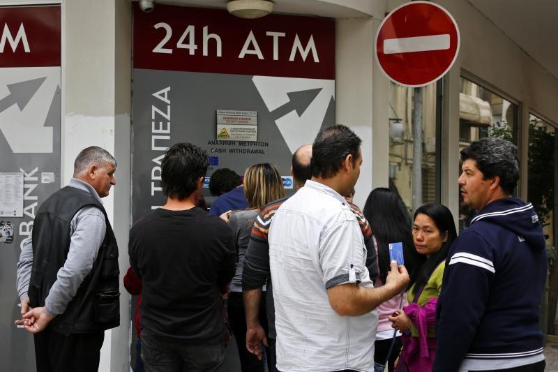 Kipro prezidentas ketvirtadaliu susimažino savo atlyginimą