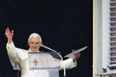 Kūčių vakarą parblokštas popiežius jaučiasi gerai (papildyta)