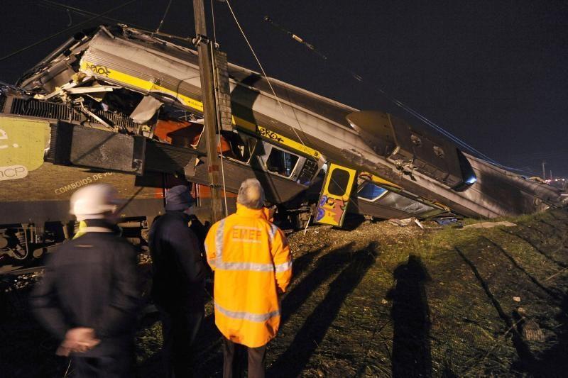 Portugalijoje susidūrus dviem traukiniams sužeista 15 žmonių