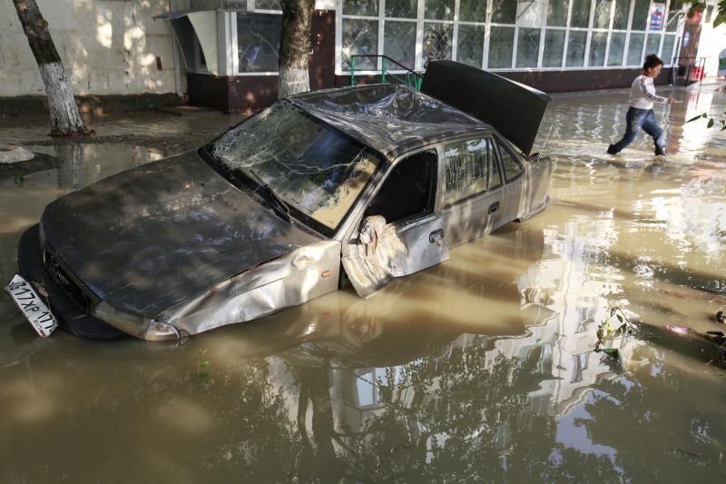 Pietų Rusijoje potvynių aukų skaičius padidėjo iki 146